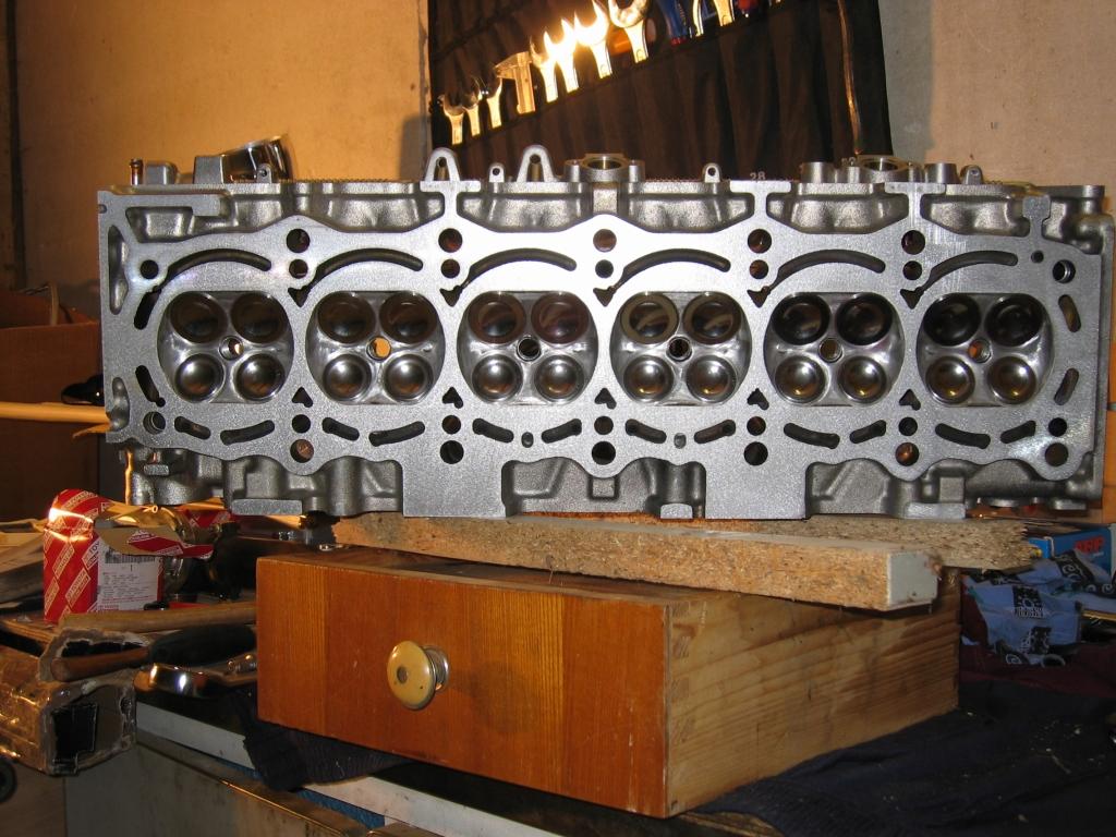 http://www.coupe-parts.de/zylinderkopf.01.jpg