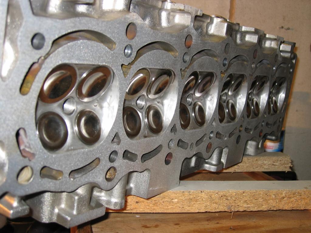 http://www.coupe-parts.de/zylinderkopf.03.jpg